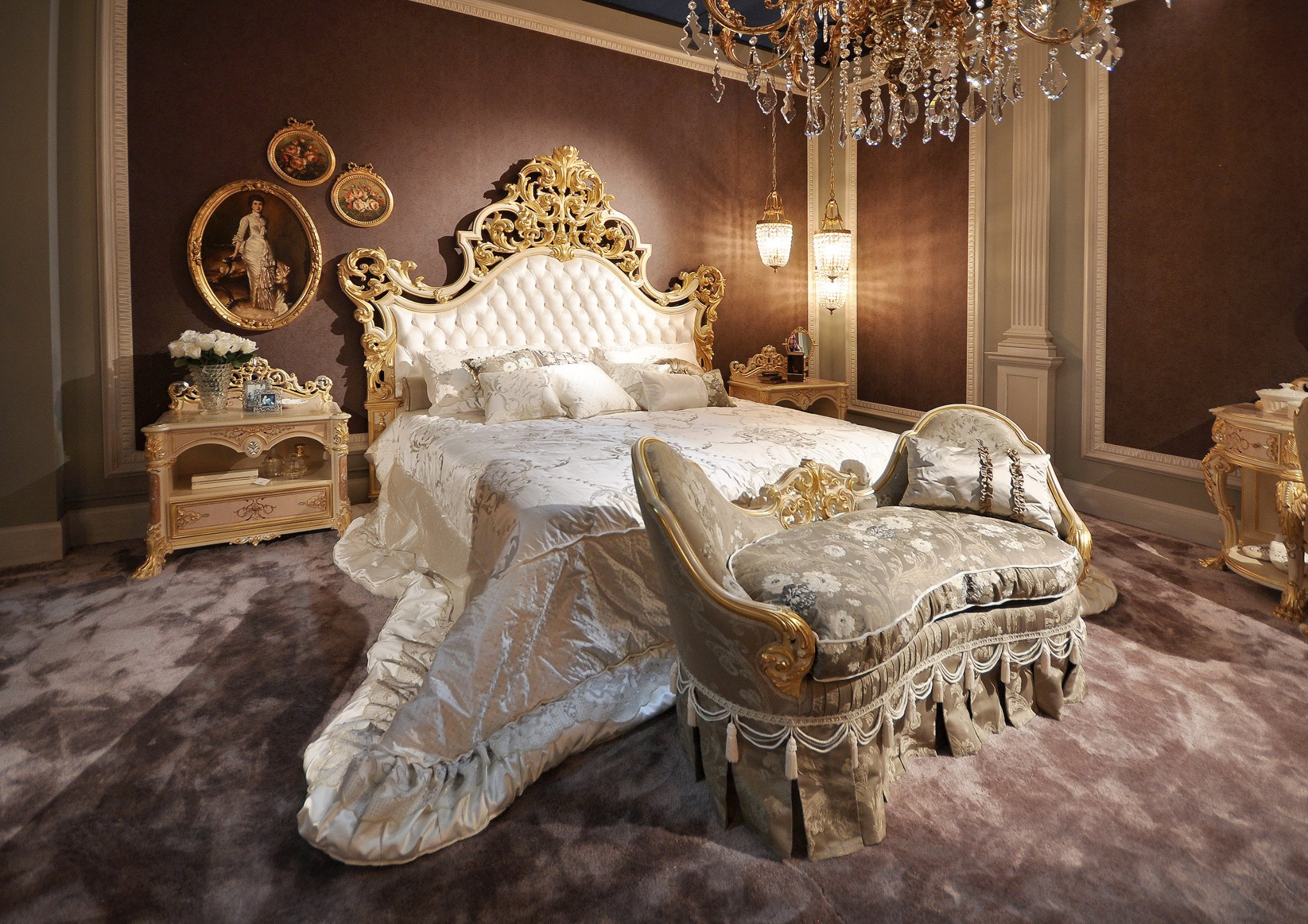 Royal Bedroom Furniture Interesting Apartment With Royal Bedroom  # Meuble Royal Decorations