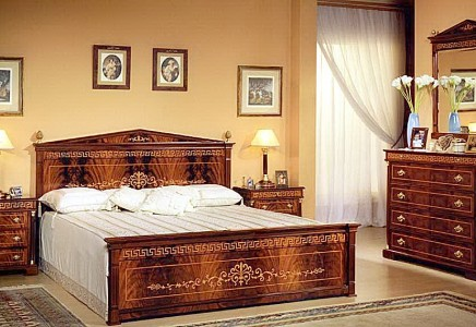 Spanish bed room in empire style top and best italian for Bedroom furniture in spanish