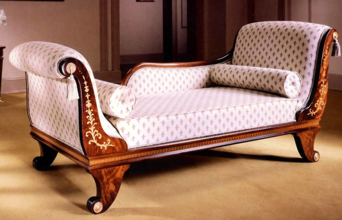 Spanish bed room in empire styletop and best italian for Chaise lounge bedroom furniture