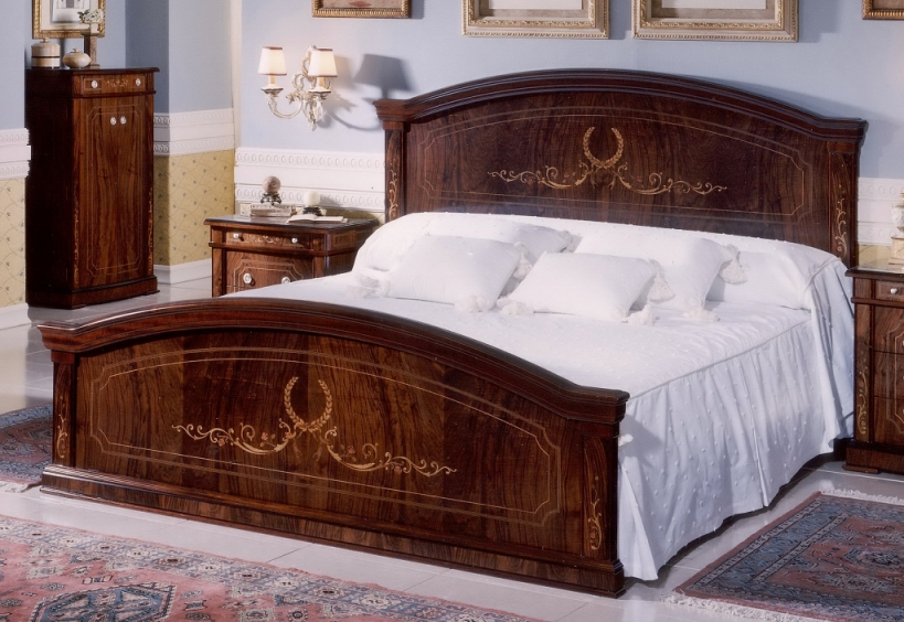 walnut bedroom set in spanish style design top and best italian classic furniture. Black Bedroom Furniture Sets. Home Design Ideas