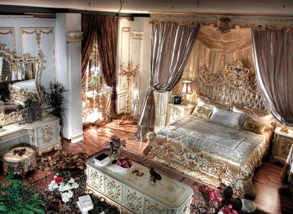 King Bed Room Royal Suite Gold Italy Finishtop And Best Italian Classic Furniture