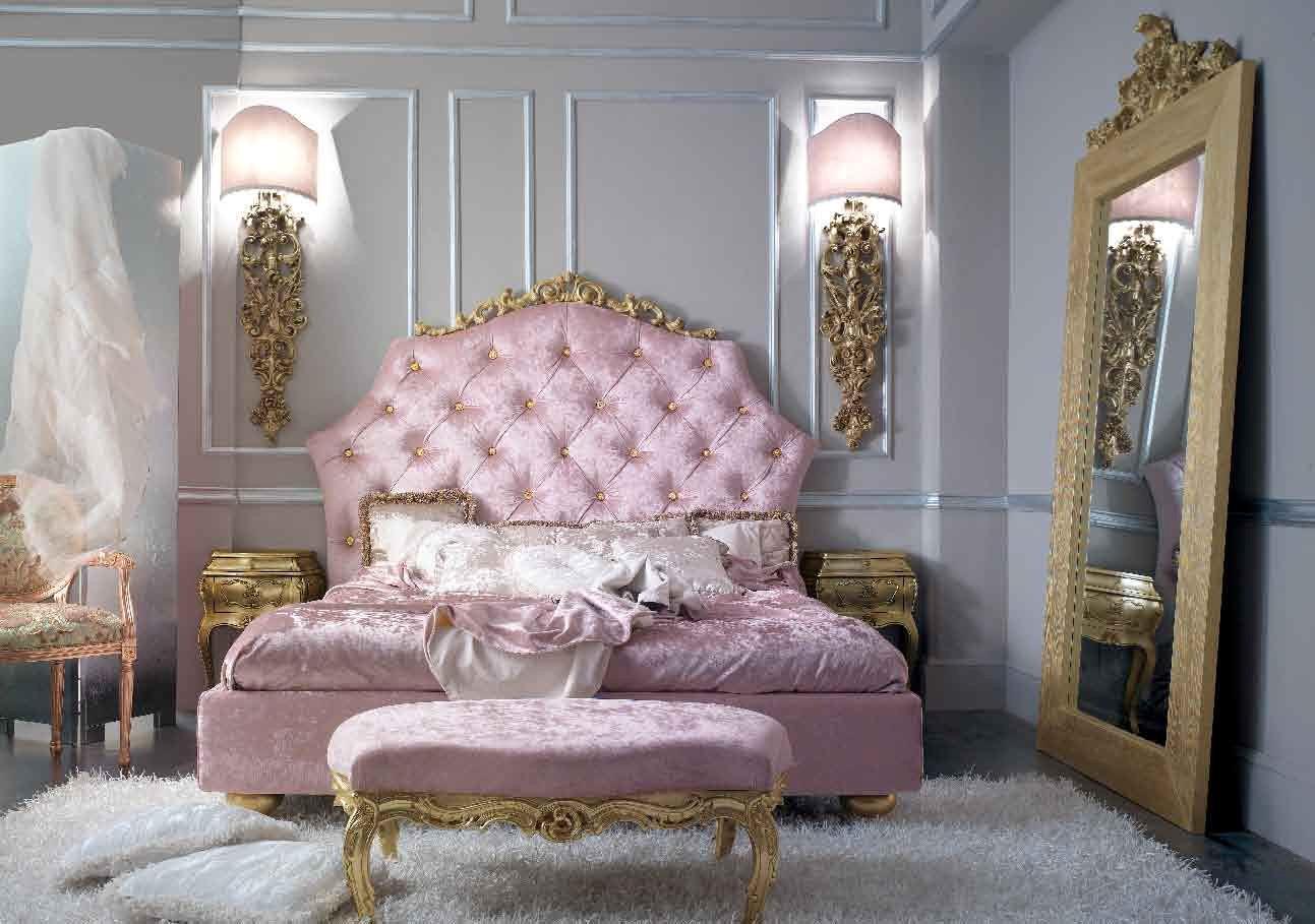 Italian Bedroom In Baroque Style